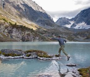 Гулять по воде.