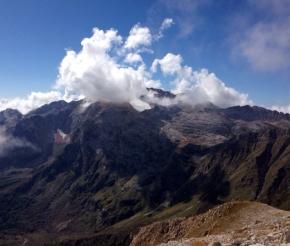 Вид на гору Фишт с Оштена