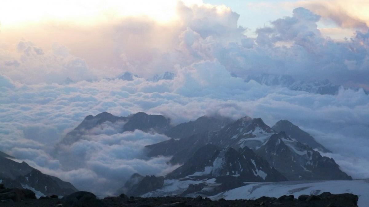 Погода на Эльбрусе переменчива