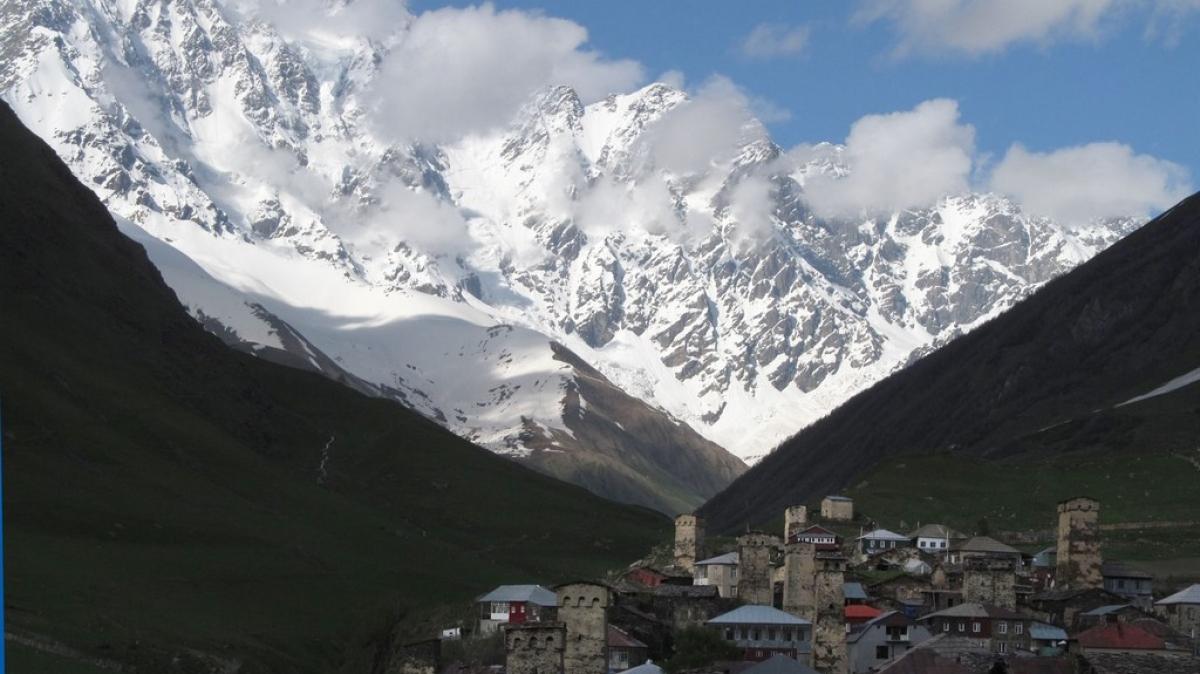 Вершина Шхара