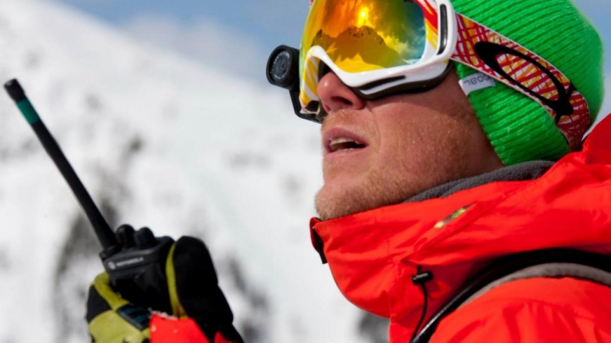 Инструктор Максим Балаховский. Максим квалифицированный гид, профессиональный сноубордист и фотограф.
