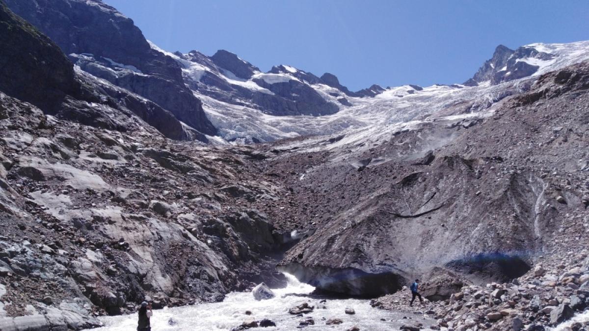 Ледник в Алибеке. Фото нашего гида Галины Жигулиной
