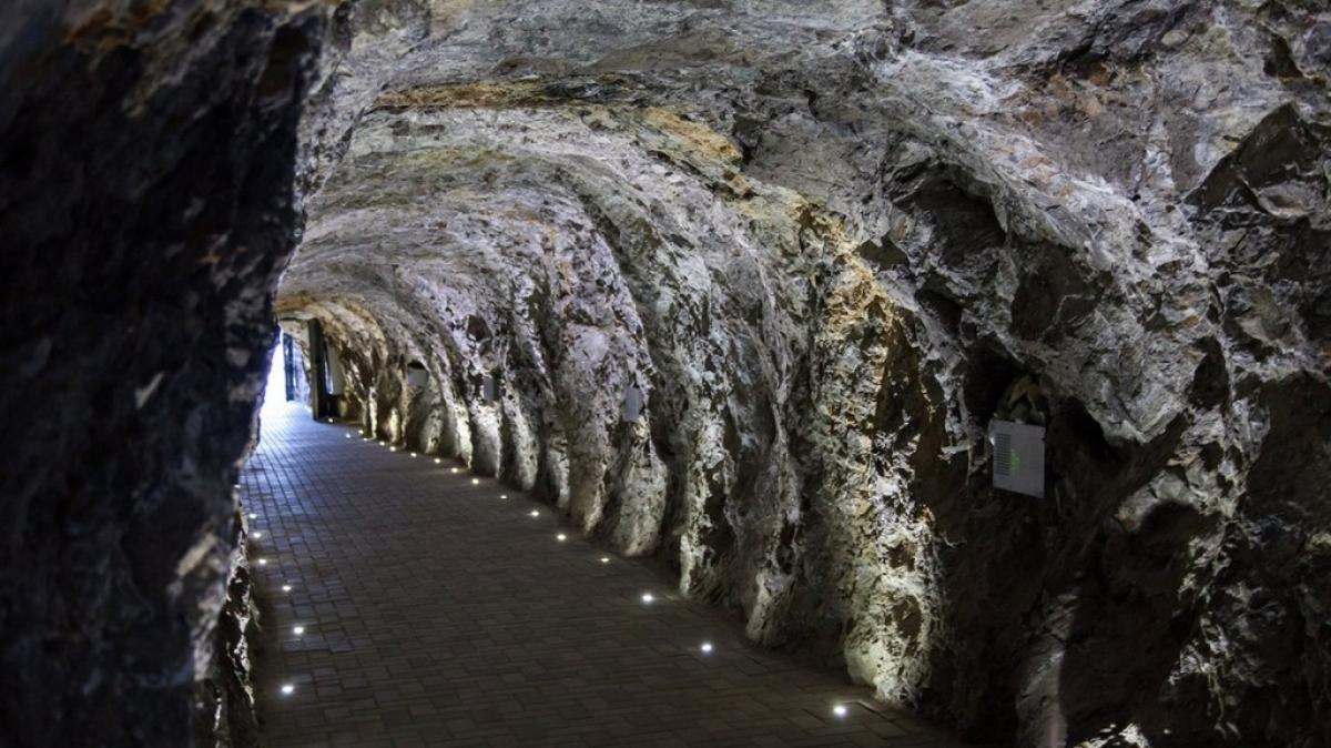 Пещера, ведущая к Провалу