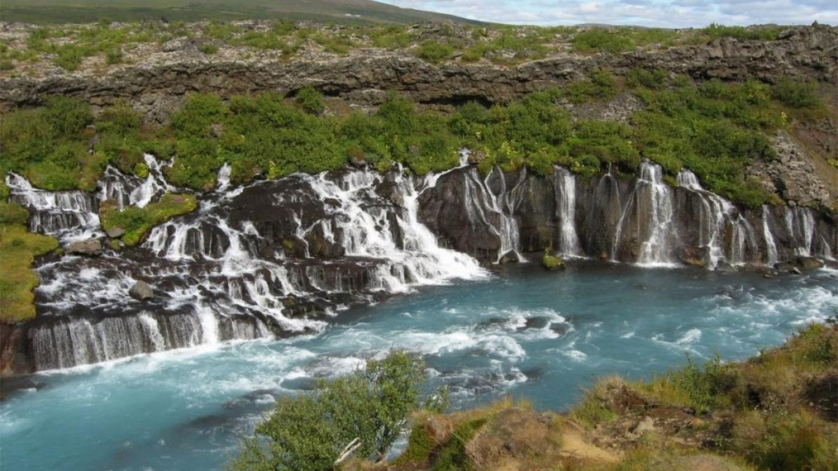 Водопады лавы
