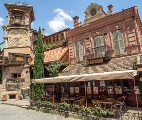 Башня театра Резо Габриадзе