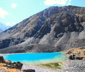 озеро в ущелье Турой