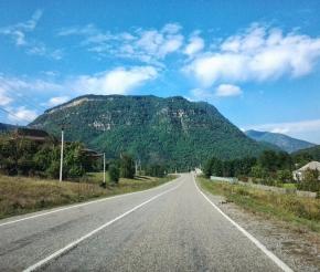 Дорога до села Даховское