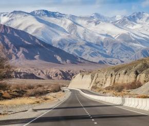 Дорога в Бишкек. Фото Анатолия Жидкова