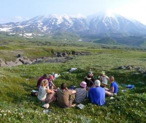Наш лагерь с видом на Вулканы