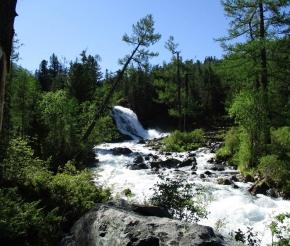 водопад на р. Поперечная