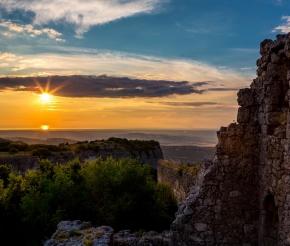 Закат на Мангупе
