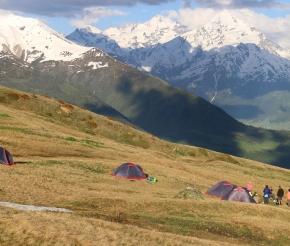 Лагерь в июне, фото: Максим Маршанский