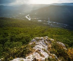 Даховское залито солнцем, фото: Сергей Евсяков