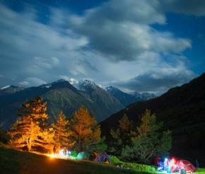 Ночь в горах, фото Олега Гурова