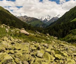 Вид на Кавказский хребет, фото Дениса Агапова