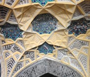 Удивительные лазурные мозаики просто повсюду!