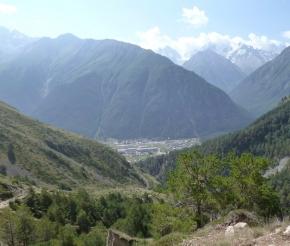 Вид на поселок Эльбрус