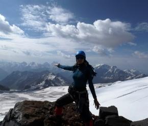Гора Ушба как на ладони