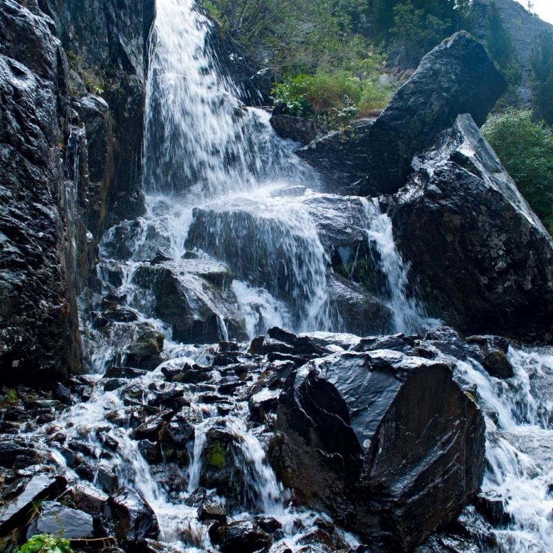 Водопад на восхождении.