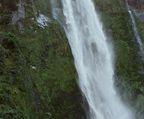 Водопады Милфорд Саунд.