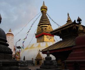 Сваямбунатх. Обезьянья ступа в Катманду.