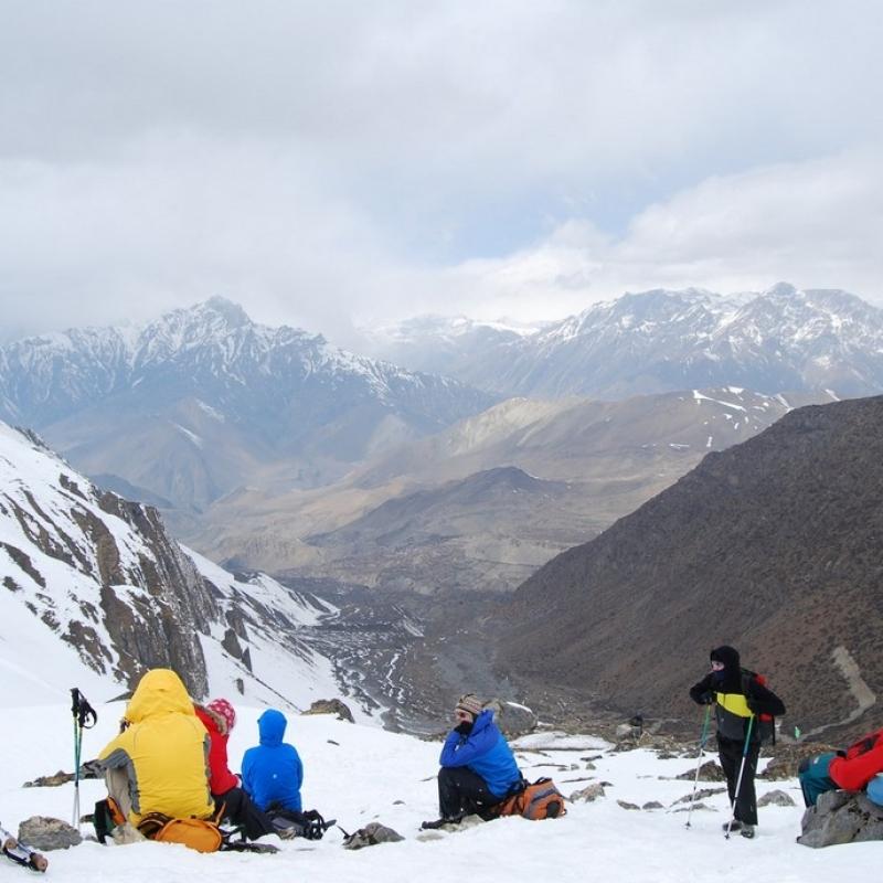 Привал на спуске с перевала Торонг Ла.