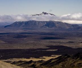 Центр пустоты и вулкан Аскья