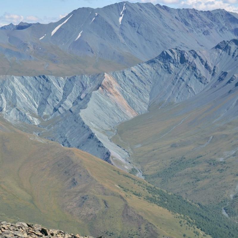 Долина Ярлу, скала Мать Мира