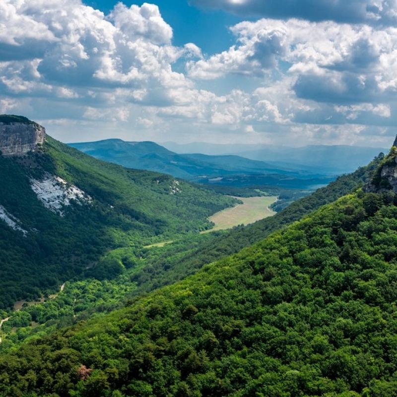Весенние краски гор
