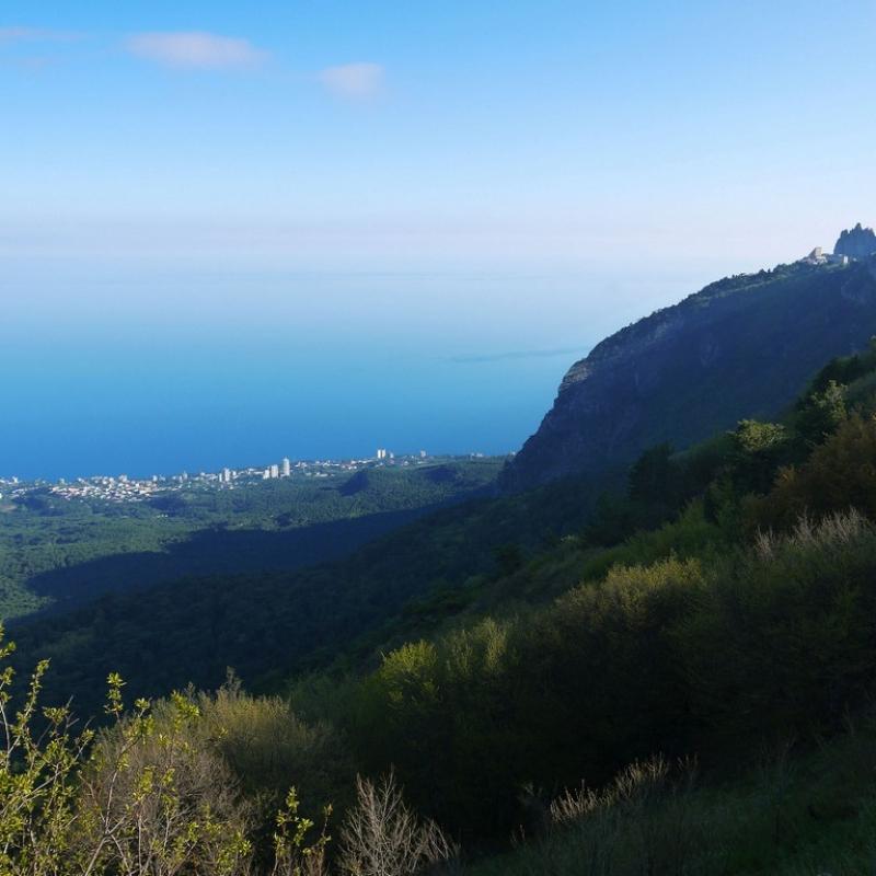Вид на вершину Ай-Петри