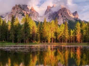Итальянские Альпы: от голубых озер до розовых вершин (Треккинг)