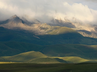 Неизведанный Тибет: горы, храмы, люди